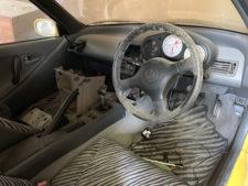 ビート部品取り1(車内)の写真
