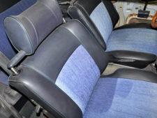 BMW2002tii|フロントシートの写真