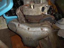 カワサキW1SAエンジンの写真