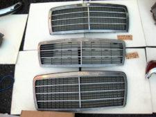 W124ベンツFグリル3枚※ばら売り可の写真