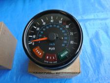 スピードメーター(85mph)(140km/h)の写真