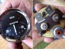 電圧メーターの写真