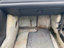 車内・別アングル4の写真