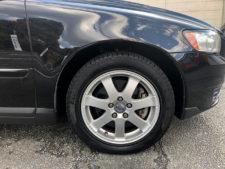 右フロントタイヤの写真