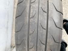 元々浅溝タイプのタイヤの写真