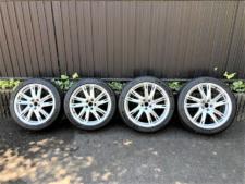 アルミホイール+タイヤの写真