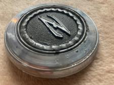 ②金属エンブレムノンレストア品 表の写真